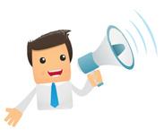 Človek s megafónom - výhody poistenia online