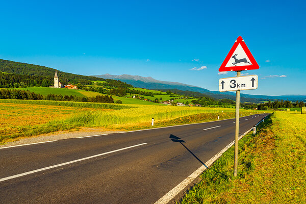 Dopravná značka na ceste