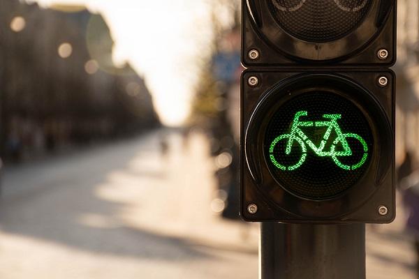 semafor so znakom bicykla