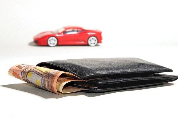 Peňaženka s peniazmi
